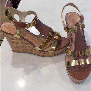 Tahari brown and gold Wedges